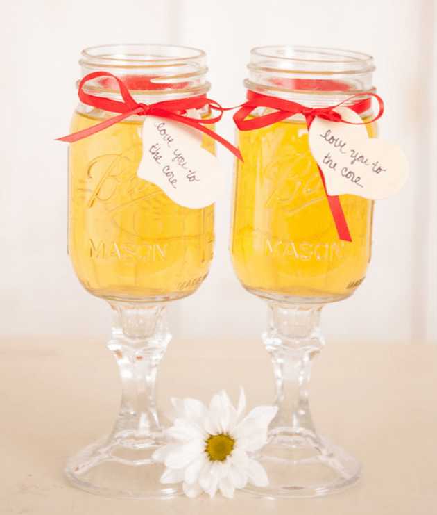 Cute Cocktails | Wedding Ideas | Bridal Musings Wedding Blog 15