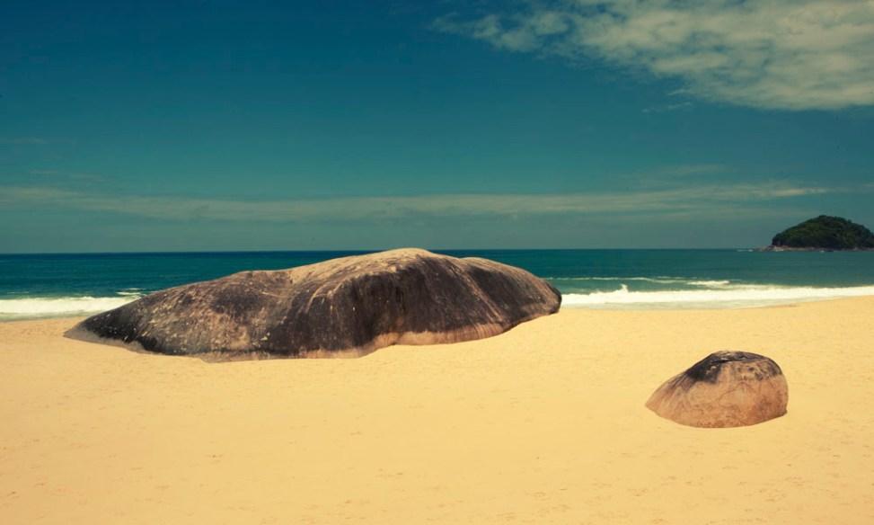 Rocks on Trindade beach