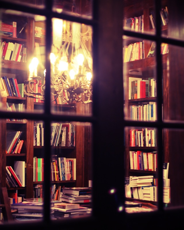 Behind the window at Eterna Cadencia, Buenos Aires
