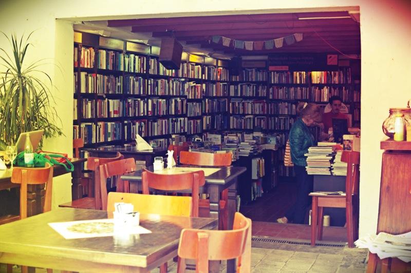 Crack Up bookshop cafe, Buenos Aires