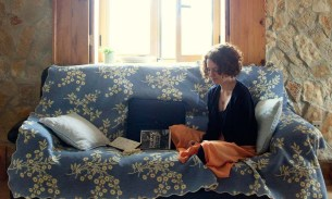 Can I sleep on your sofa? An ode to couchsurfing