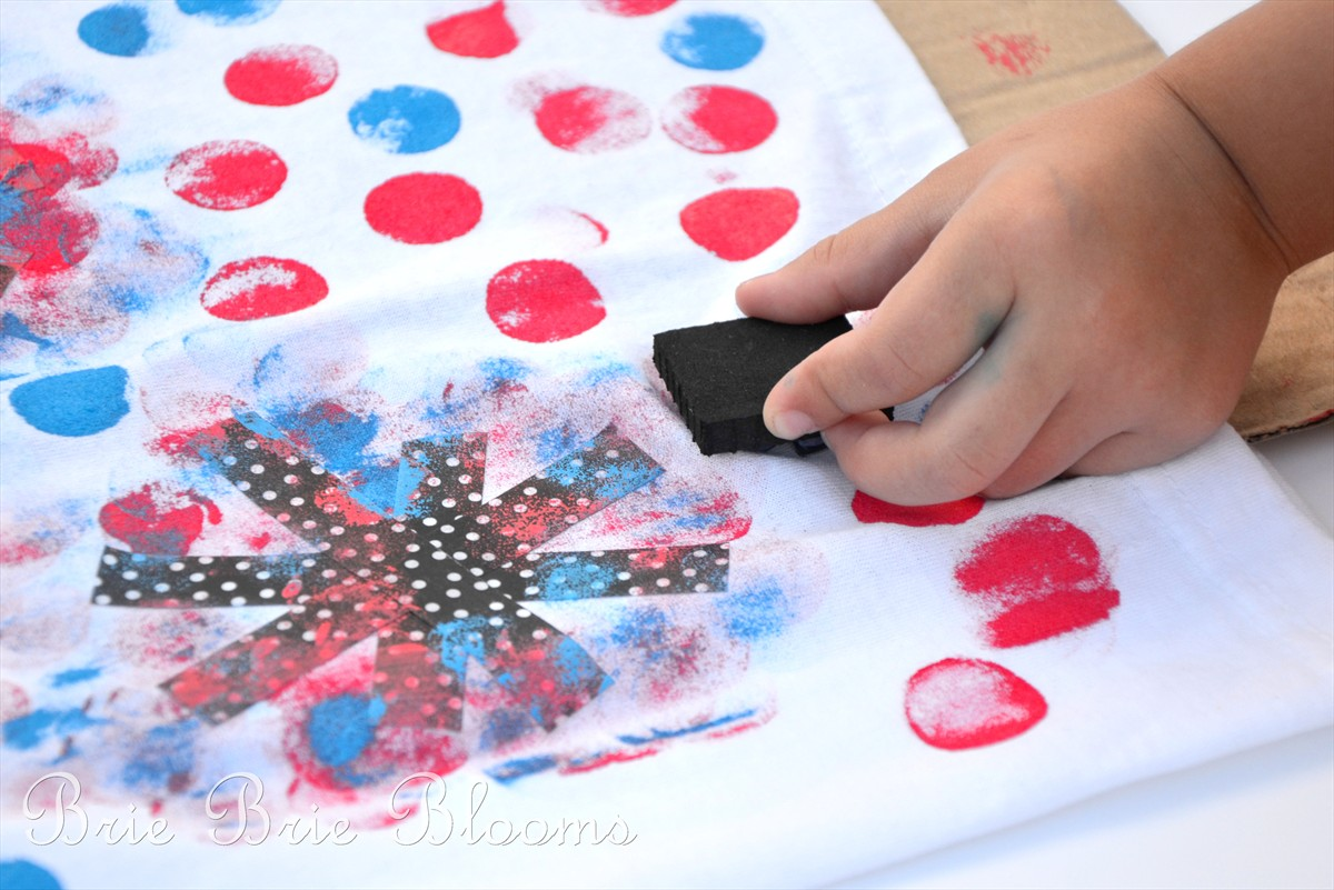 Kids Craft A Diy Sparkler Tee For The 4th Of July Mom Endeavors
