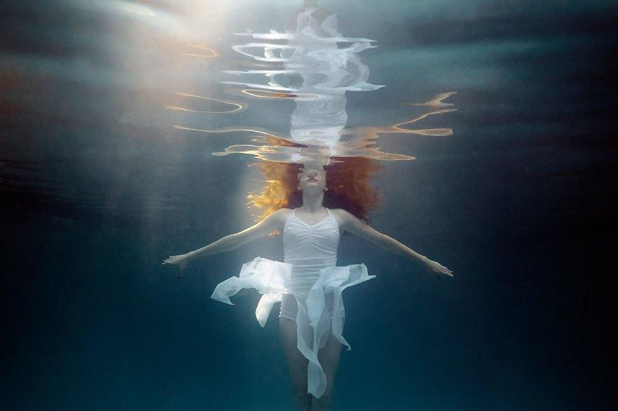 Irish Girl Wallpaper Little Underwater Dancers Series Captures Adorable