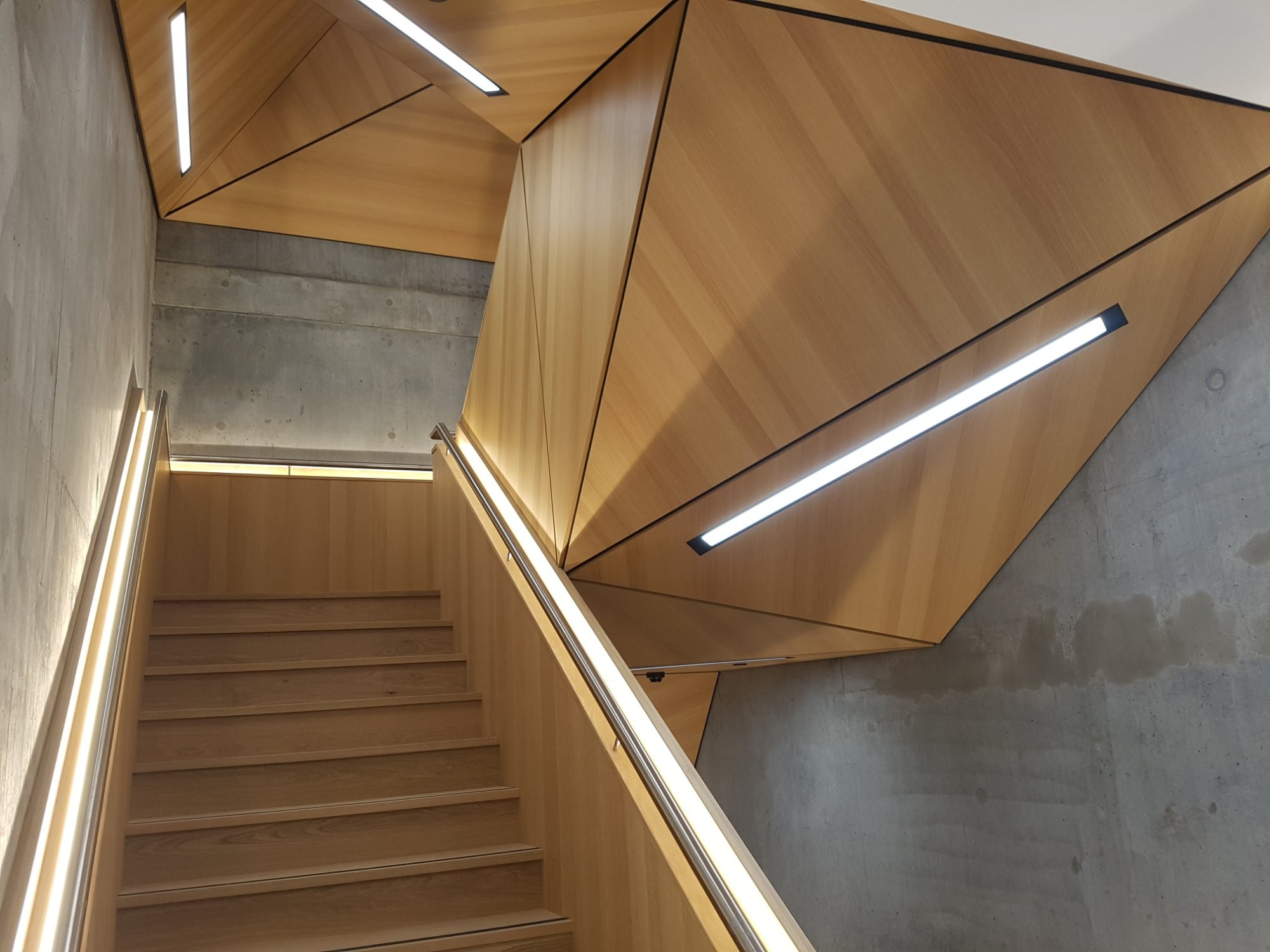 Timber Veneer Perth Curtin University Building 304 Centre For Crop And Disease Management