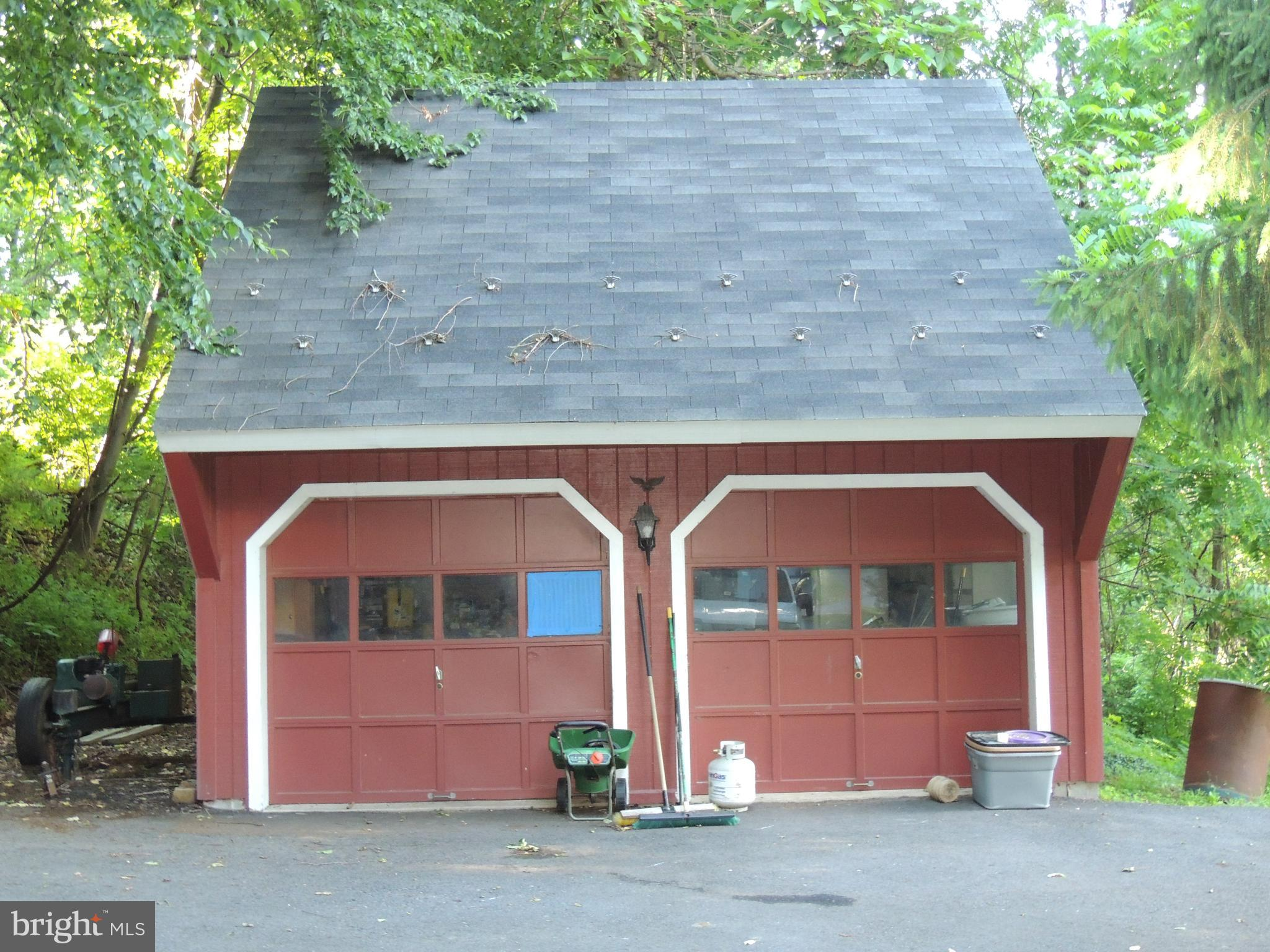 Garage For Rent Easton Pa 305 Bougher Hill Road Easton 18042 Mls Panh101792 Re Max Of Reading