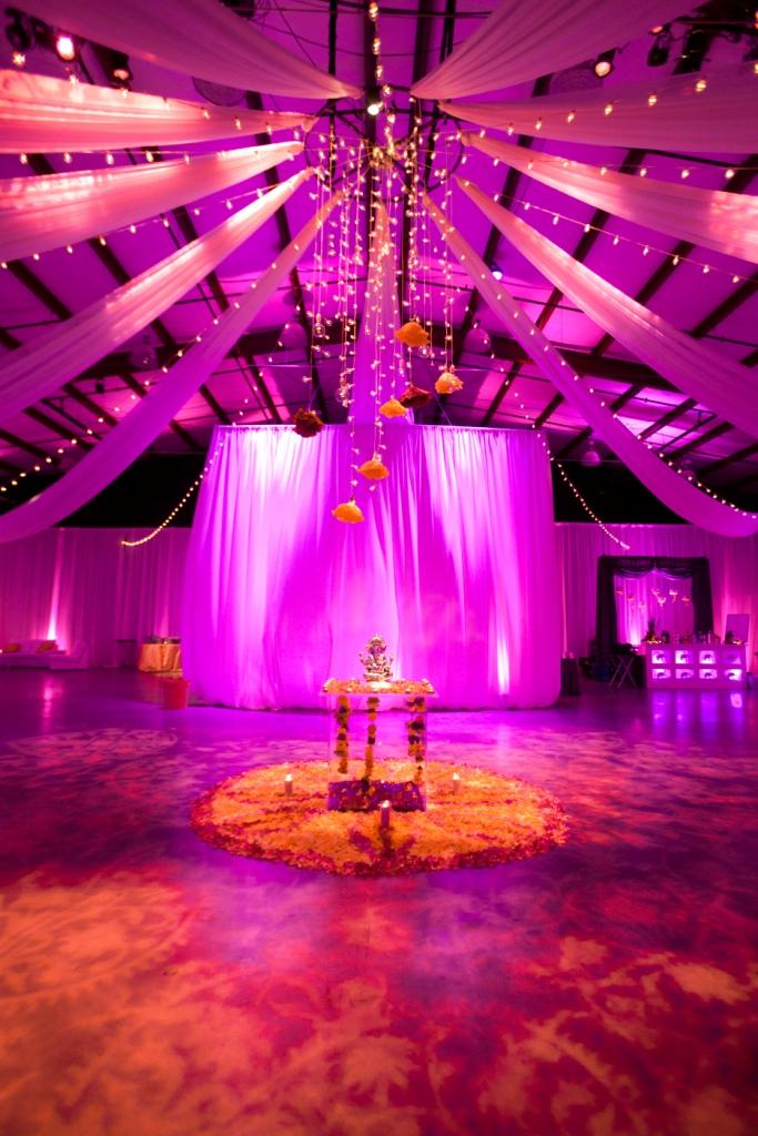 Real Nashville Wedding Neha And Gurus Romantic Indian Fairytale