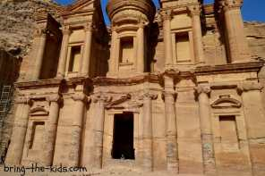 20 Photos That Will Make You Want to Take Your Family to Petra, Jordan