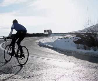 Winter Warrior Cycling the Holme Moss Hill Climb