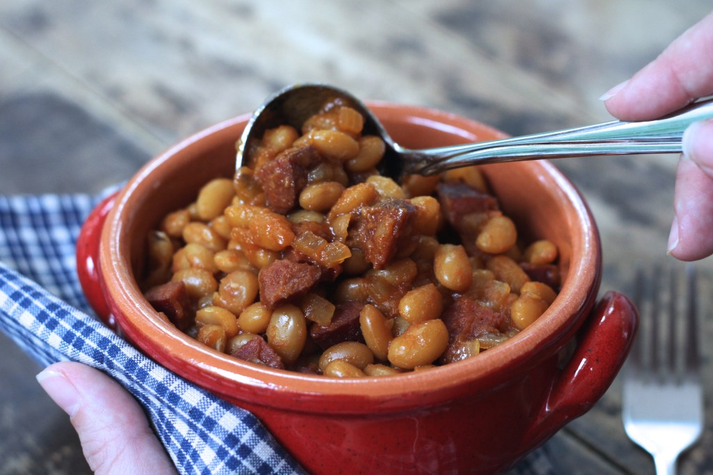 These Summer Sausage Baked Beans are super easy thanks to the slow cooker! {Brittany's Pantry}