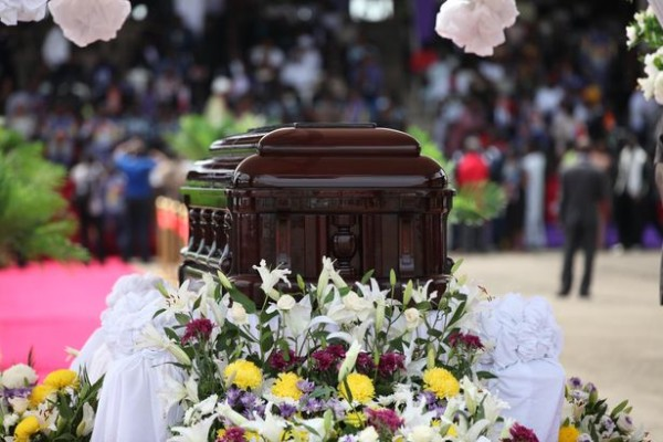 Achebe funeral 18