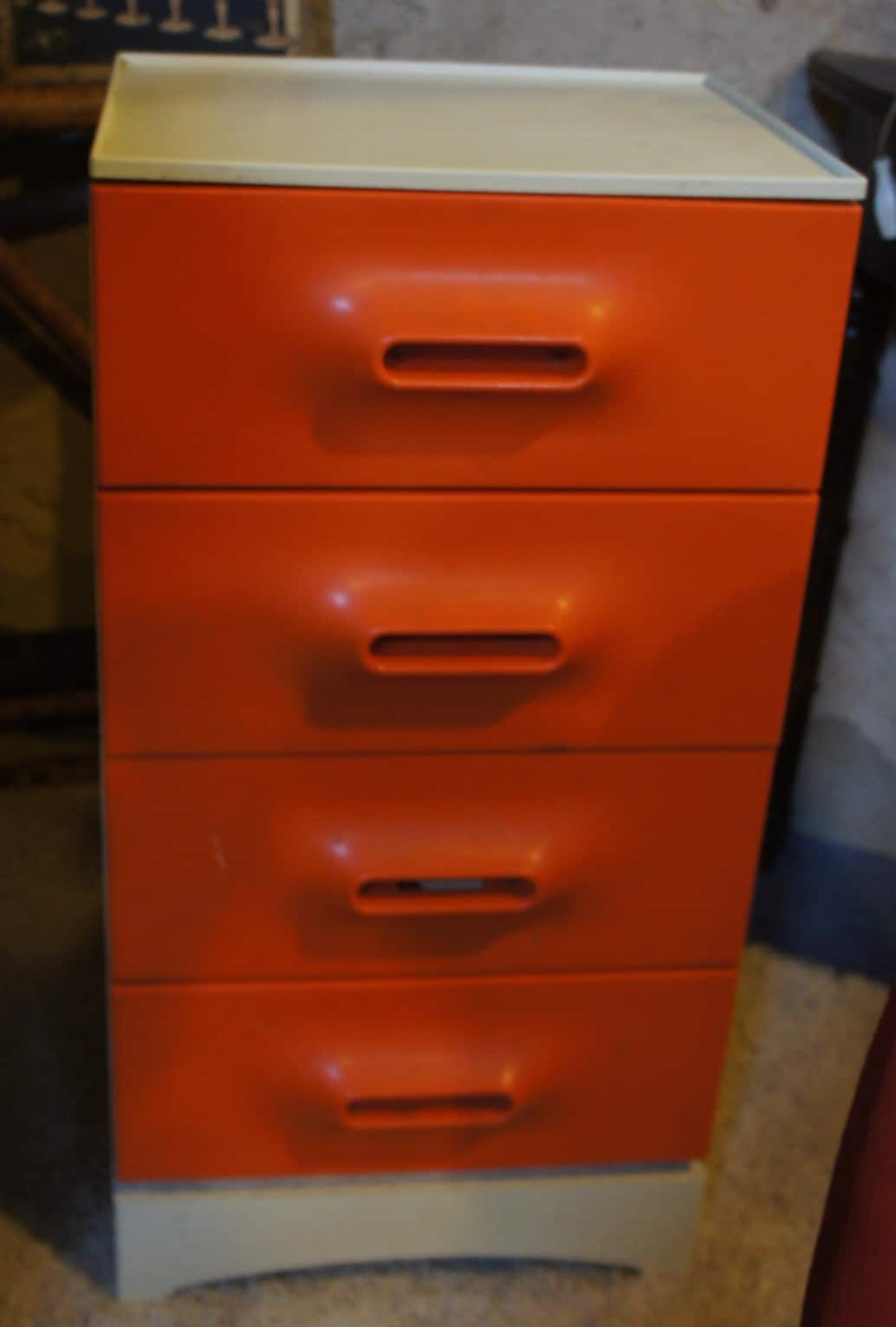 Buffet Design Scandinave Meuble Vintage Orange 70's – Brocante-decoration