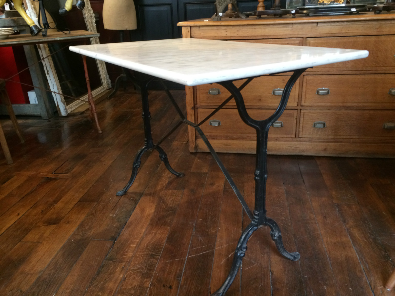 Table Bistrot Pied Fonte Pied Table Bistrot Mobilier Table Pied Table Bistrot