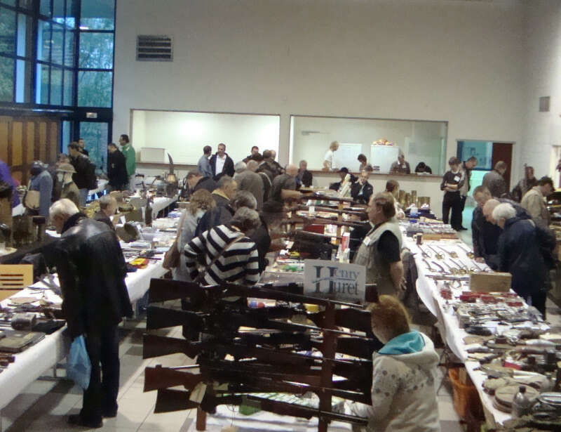 Date Brocante Ile De France Bourse Militaria à Gespunsart Salon De Collectionneurs 8