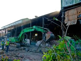Demolition of the Green Giant in early November. (Clynt Dudleson / Flickr)