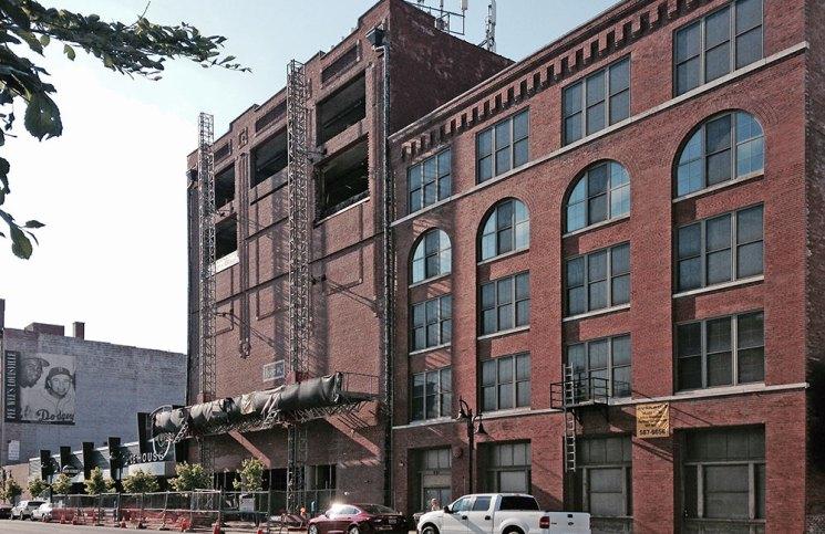 Construction continues at the Ice House Lofts. (Branden Klayko / Broken Sidewalk)
