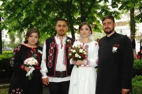 ie traditionala camasa populara (46)