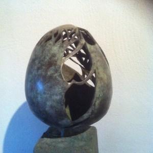 UNICA, bronzen beeld