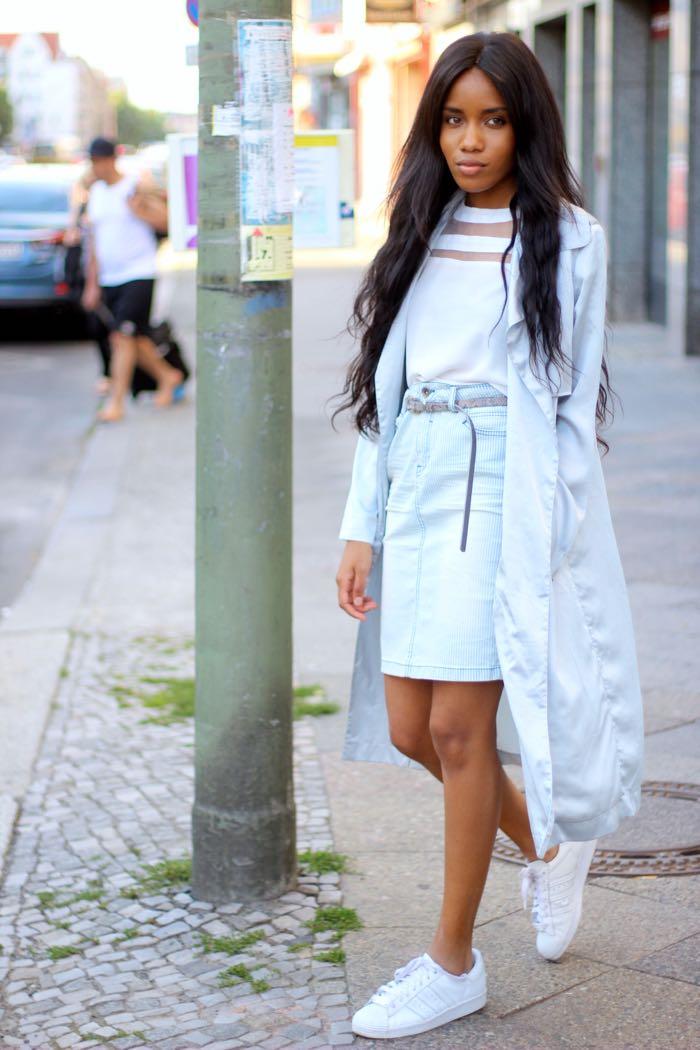 graue jacke, gestreifter rock, fashion blog berlin, Modeblog deutschland