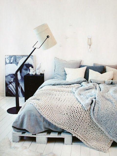 Interior Design Blog: Bett aus Europaletten
