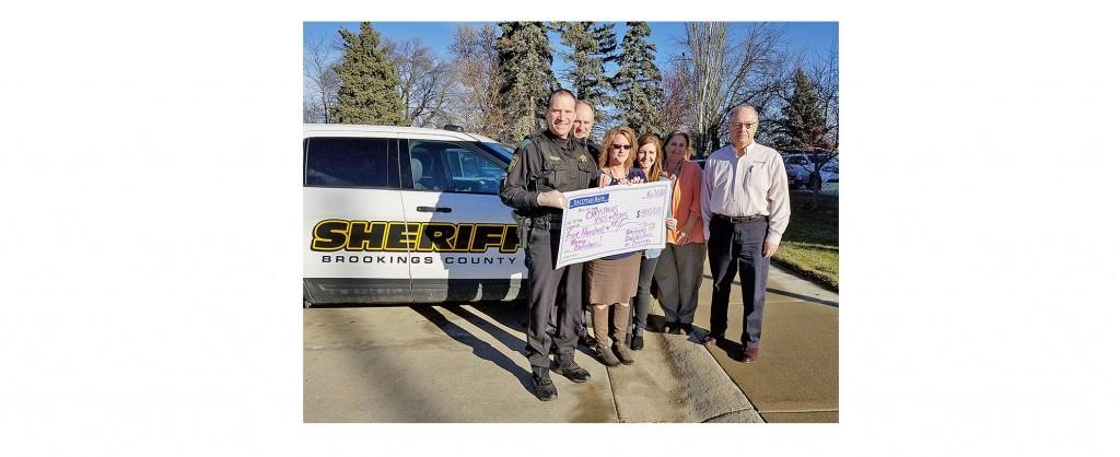 Brookings Register Bank Donation program benefits local Christmas