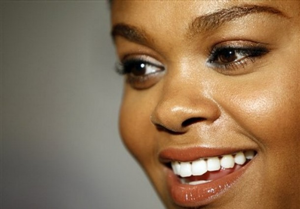 Actress/singer Jill Scott arrives at the launch event for the Jill Scott Butterfly Bra Collection at the Ashley Stewart store in Culver City, Calif. on Wednesday, June 4, 2008.  (AP Photo/Matt Sayles)