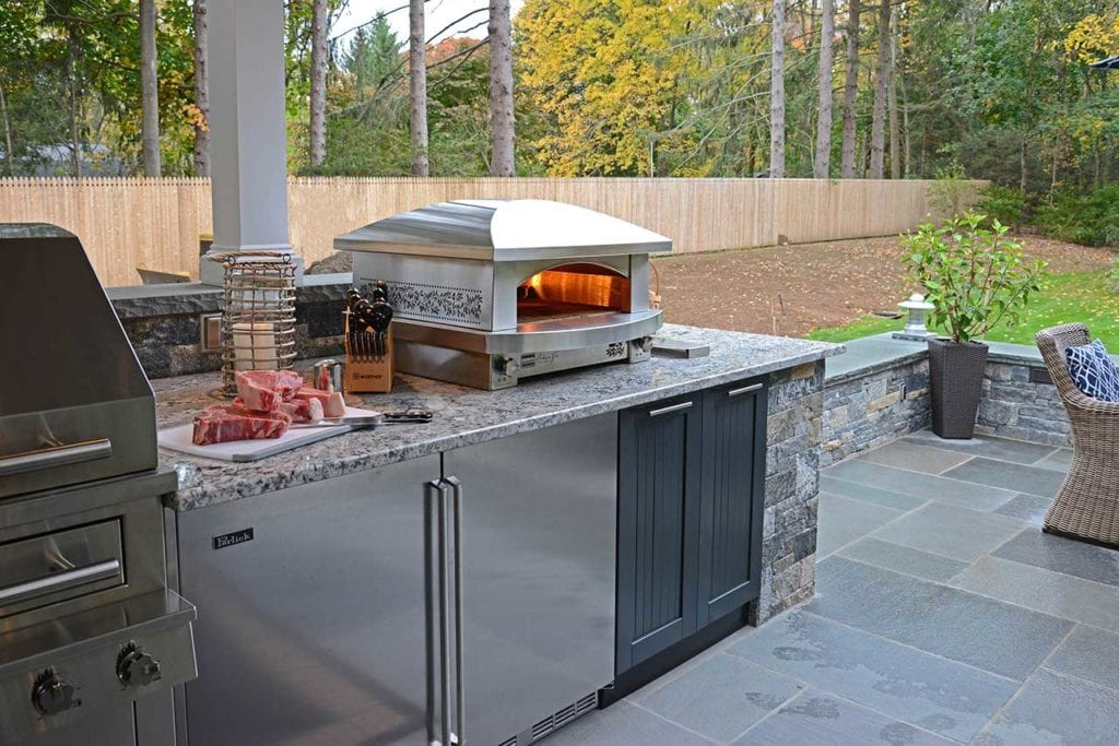 Does Stainless Steel Rust? What it Means for Your Outdoor Kitchen