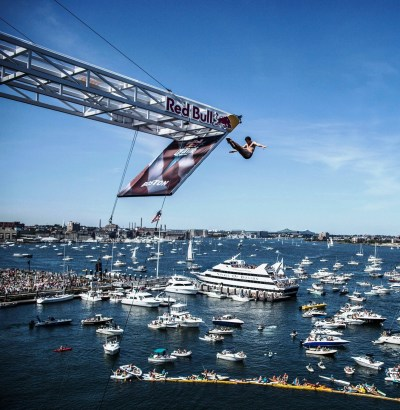 Steel and plexiglass platform for the Red Bull Cliff Diving World Series | Brown United