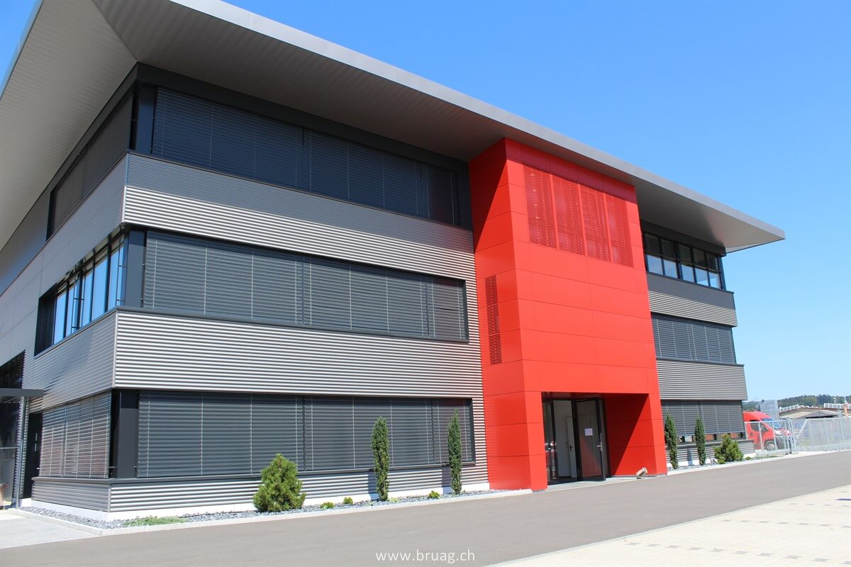 Eternit Fassade Demontieren Large Format Facade Panels In Corporate Colours Bruag Ag