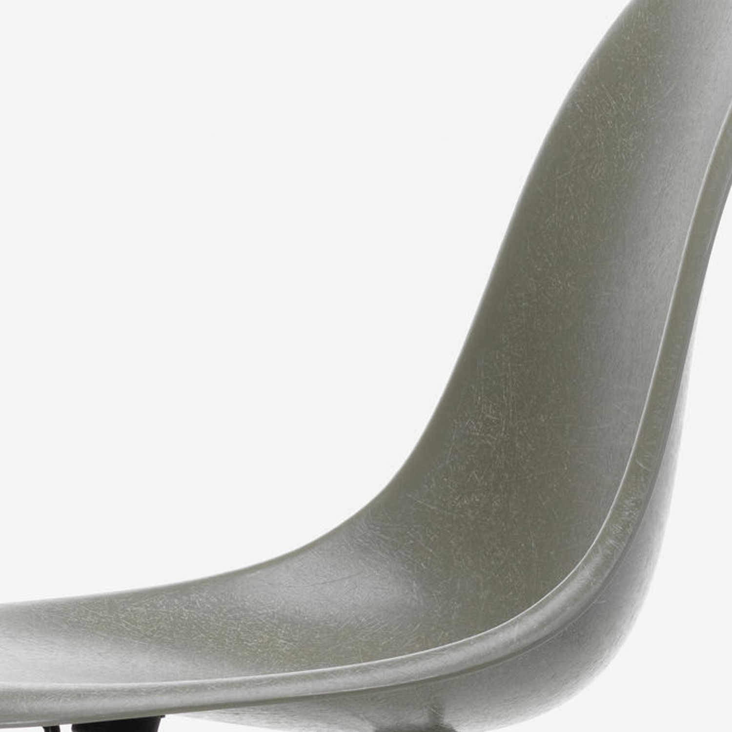 Vitra Eames Side Chair Vitra Eames Fiberglass Side Chair Dsw Stuhl Bruno Wickart Ch