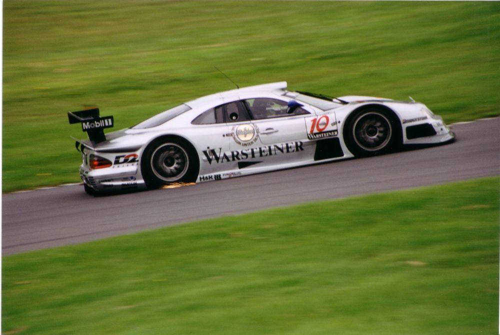 Mercedes-Benz_CLK_GTR_10.jpg
