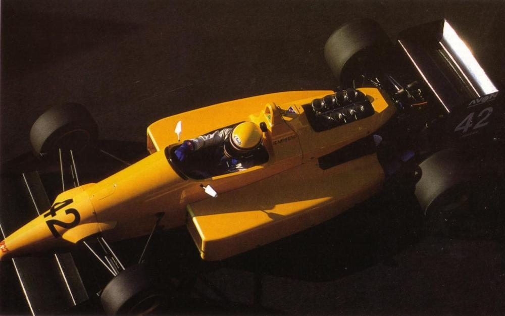 Campeão sem patrocínio na F3000.