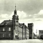 Gmach poczty z ok. 1860 r., widok z pocz. XX w