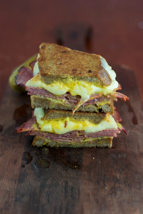 The Montreal Grilled Cheese | bsinthekitchen.com #grilledcheese #sandwich #bsinthekitchen