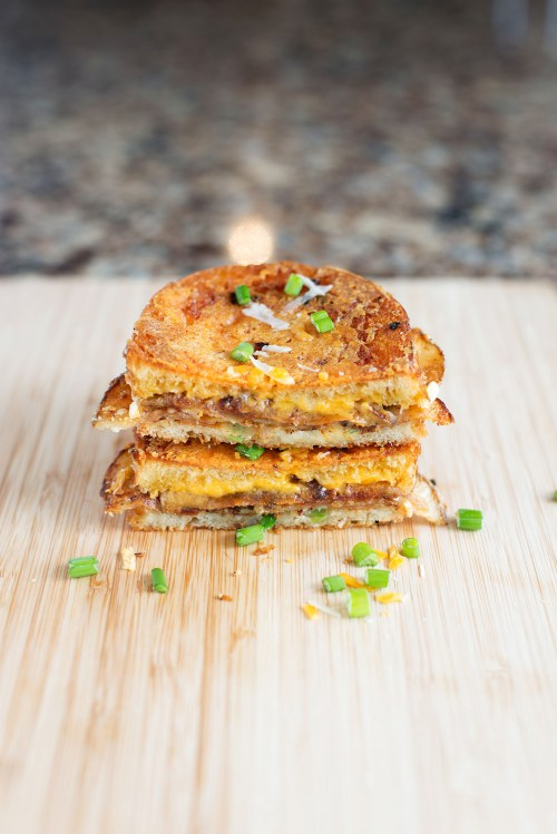 Scalloped Potato Grilled Cheese | bsinthekitchen.com #grilledcheese #sandwich #bsinthekitchen