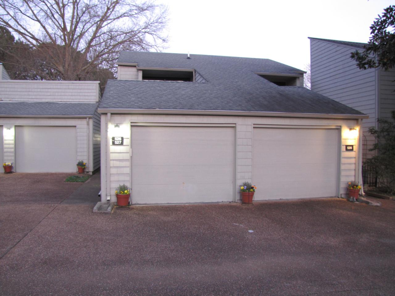 Garage Doors Knoxville 527 Lost Tree Lane Knoxville Tn 37934 1074242 Tennessee Elite Realty