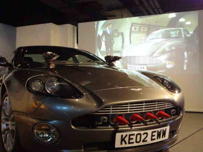 Aston Martin - Bond in Motion - Back to the Movies