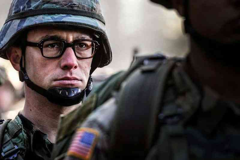snowden-movie-hero-zachary-quinto-photos