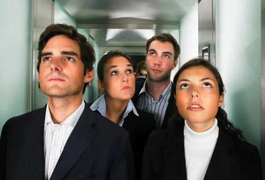 Resultado de imagen para ascensor incomodo
