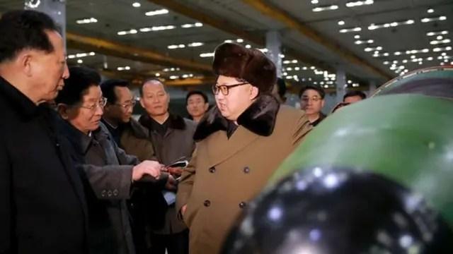 """Corea del Norte vuelve al ataque y asegura que Donald Trump está """"implorando por una guerra nuclear"""""""
