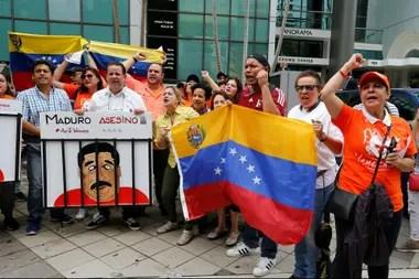 Los exiliados protestaron en Miami y en otras ciudades del mundo