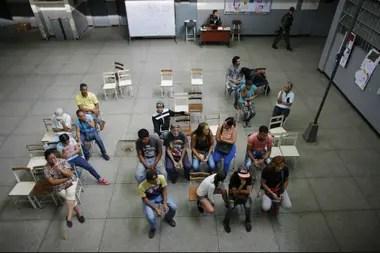 Los centros de votación estuvieron semivacíos a lo largo el día