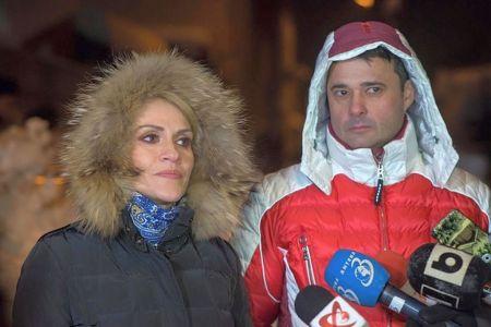 Primarul Sectorului 5 a insotit-o pe Firea la declaratii despre deszapezire intr-o geaca de peste 2000 de euro!