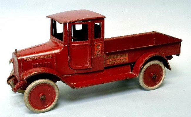 Free Antique Toy Appraisals Trucks Cars Buses Robots