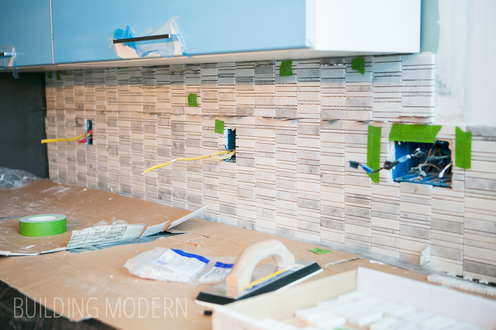 How To Install Backsplash Fabulous How To Install A Tile