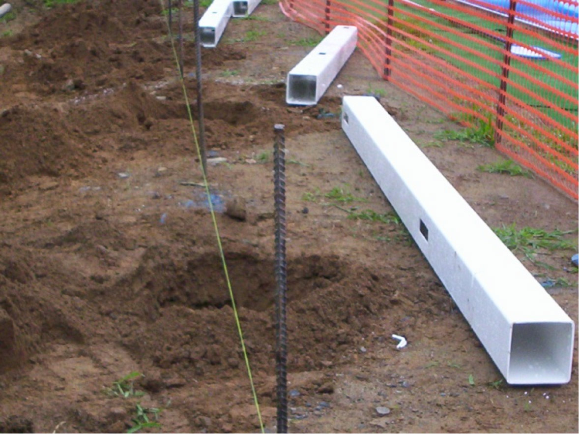 Installing Vinyl Fence Posts Without Concrete How To Install A Vinyl Fence - Buildipedia