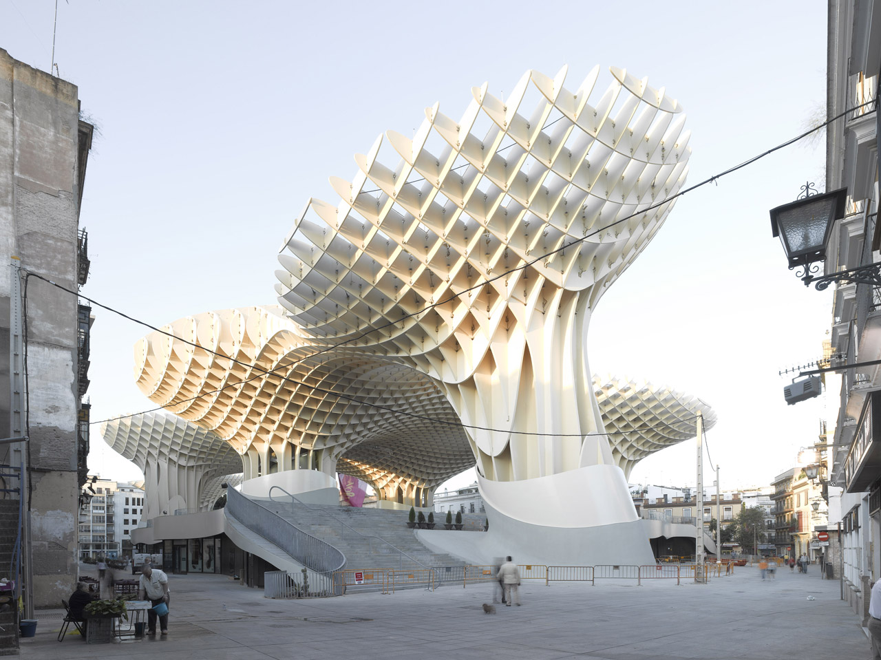 Architectuur Berlijn The Metropol Parasol Rich Community History Meets