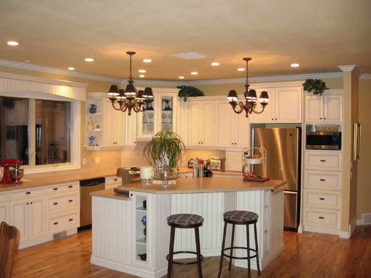 White Kitchen Design Ideas