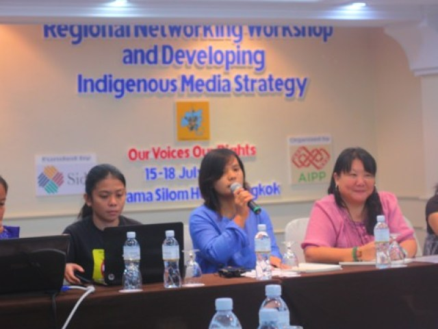 Members of the panel from the Philippines, Malaysia, Nepal and Indonesia share their experiences on how the media portray indigenous peoples.(Photo by Ronalyn V. Olea / Bulatlat.com)