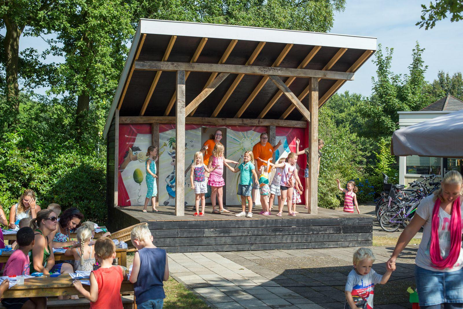 Camping Twente Met Buiten Zwembad Campingnavigator Recreatiepark
