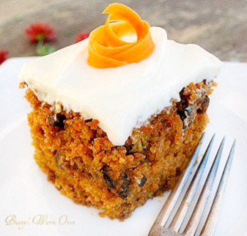 The Best Carrot Cake Ever with Cream Cheese Frosting - Bunny's Warm ...